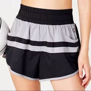 NWT XS Urban Outfitters Black Workout Yoga Shorts